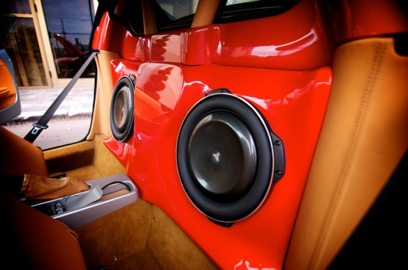 Ferrari-custom-enclosure-jl