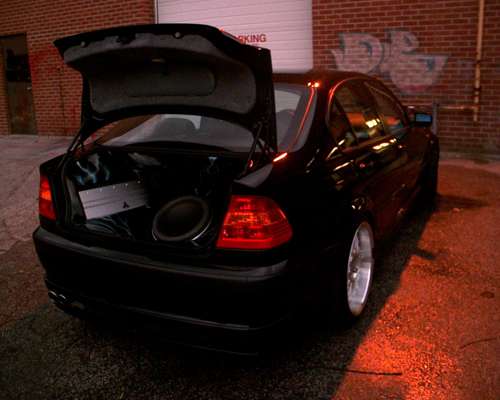 W7 Ultra Auto Sound Jl Audio Wiring Diagram 12w7 13w7 Sub Woofer Slash Amplifiers Custom Fiberglass Trunk Setup Vented Enclosure For Maximum Spl Airbrushed To Perfection