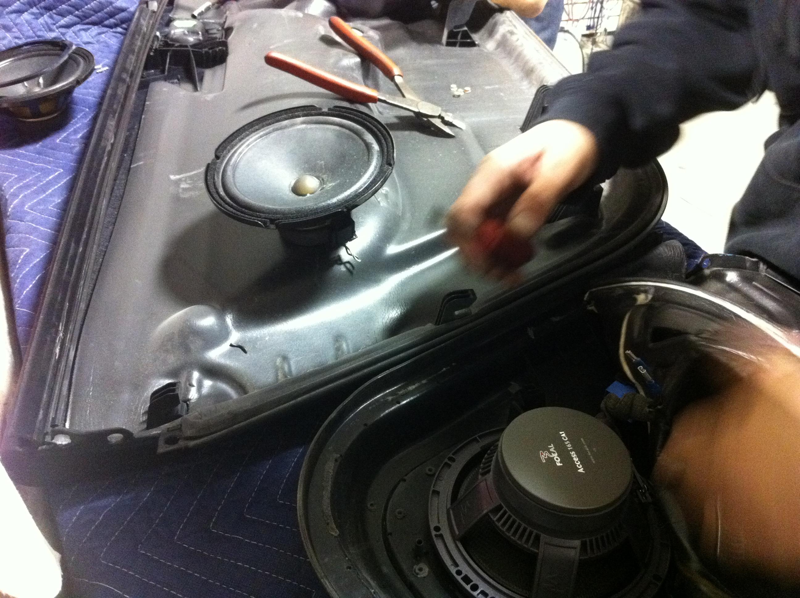 Bose Blows: TT   Ultra Auto Sound