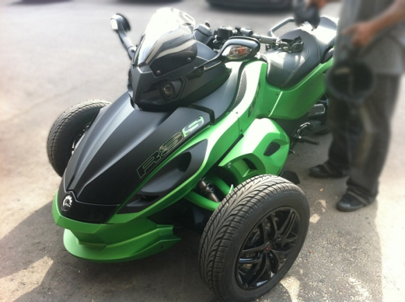 green-can-am-ultra-auto-sound