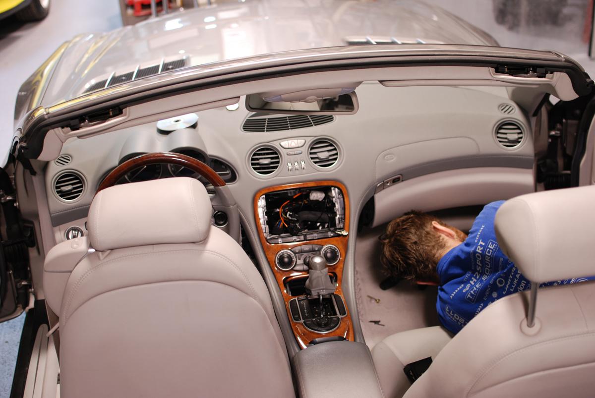 sl 500 mercedes navigation upgrade sound system. Black Bedroom Furniture Sets. Home Design Ideas