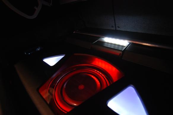 JL Audio 13Tw5 subwoofer.  Clean finish.  Amazing sound. Focal Elite speakers used for interiors.
