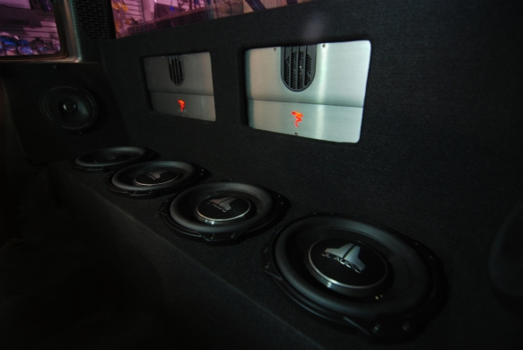 four-jl-audio-10tw3-pick-up