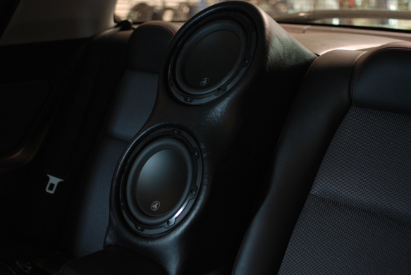 Two JL audio 8w3V3