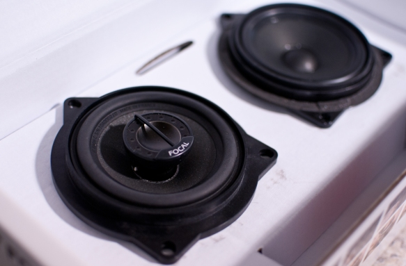 Left is the new Focal speaker upgrade with a tweeter built in. (C model) Right is the original speaker.