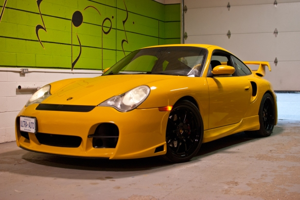 Our friends from Luxury Auto Body sent over a Porsche for an audio upgrade.