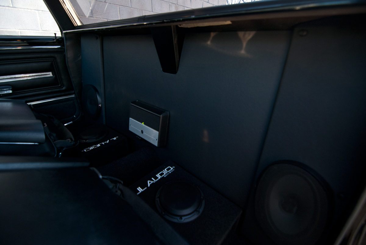 Focal Ultra Auto Sound Page 4 Jl Audio Amplifiers Rear Panels Made With Speakers Installed 6x9s Amplifier All