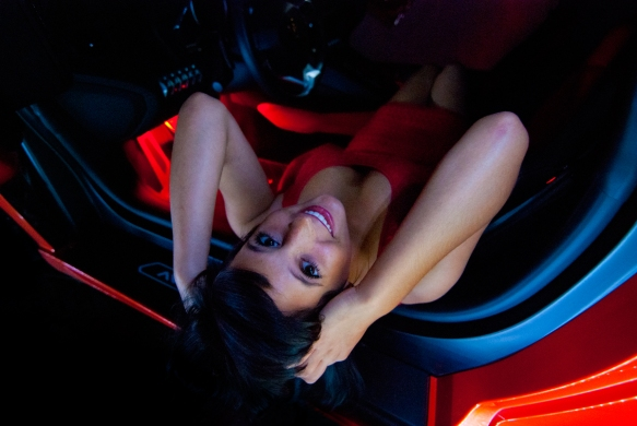kayja-laying-down-interior-aventador